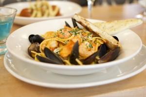 frankies-seafood-linguine
